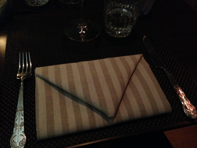 The restaurant Norda is located in a hotel building that used to be a post office so it was very appropriate to folding of the napkin.