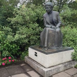 Statue of Selma Lagerlöf